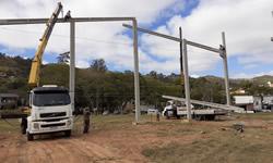 Caminhão Munck para Içamento e Transporte de Carga