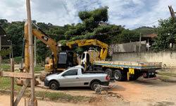 Caminhão Munck para Implantação de Postes
